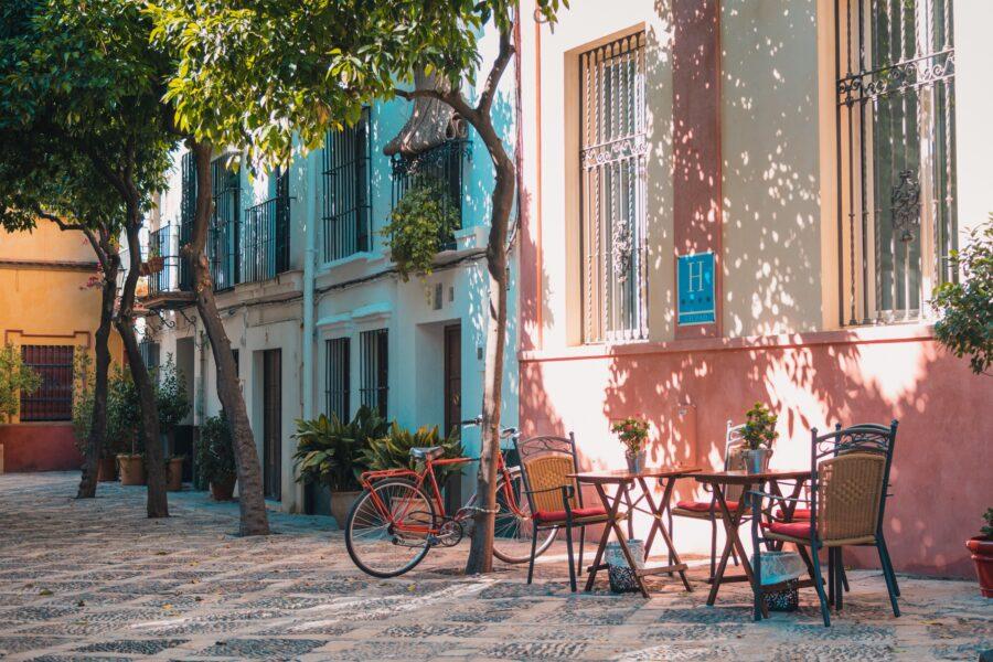 teach english in Spain meddeas language assistant